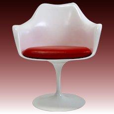 Four Original Knoll Eero Saarinen Swivel Tulip Armchairs