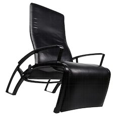 IP845 Lounge Chair designed by Porsche