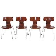 Stacking Chairs No. 3103 by Arne Jacobsen circa 1967