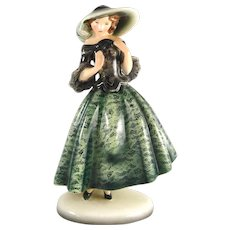 Lady in green wearing a hat - Goldscheider Vienna, 1930s