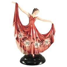 Lady wearing a red dress - Keramos Vienna - Stephan Dakon