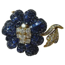 1970 Invisible Set Sapphire Diamond Gold Brooch 31.00Cts.