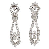 1960s 11.00 Carats Diamonds Gold Chandelier Earrings