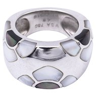 Van Cleef and Arpels 18 Karat White Gold and Mother of Pearl Ring Ring
