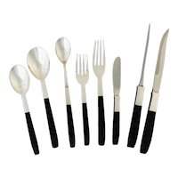 Lunt Contrast Sterling Silver Nylon Moderne Flatware Set for Eight, 72 Pieces