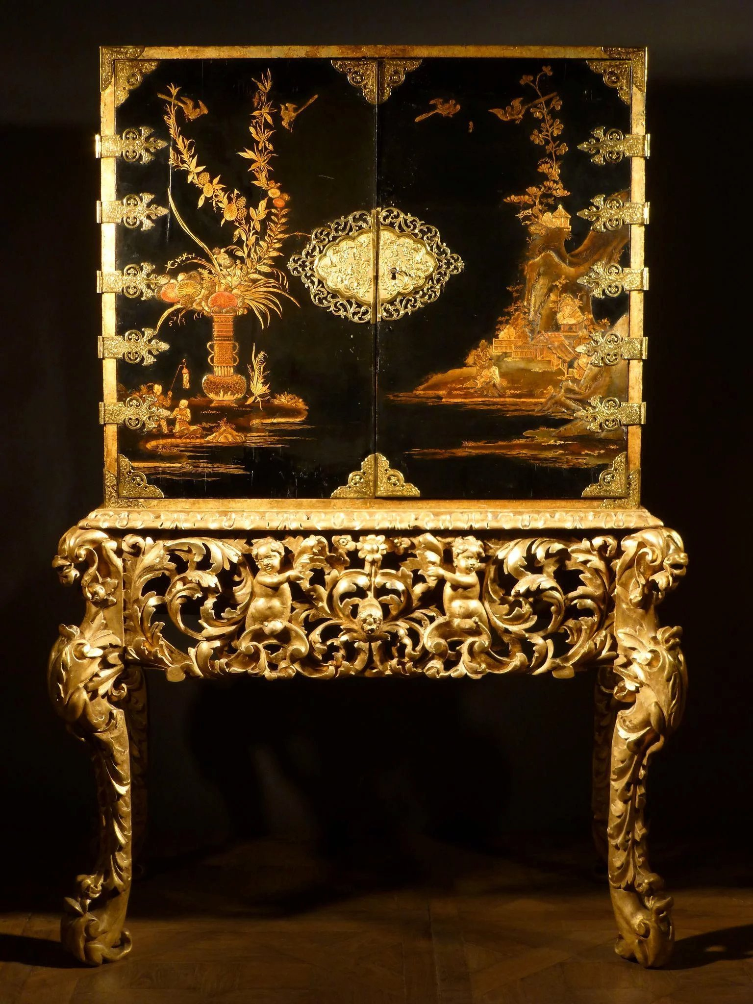 A William And Mary Japanned Lacquer Cabinet On Stand Late