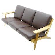 Hans J. Wegner Sofa