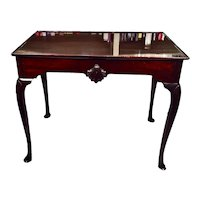Irish Chippendale Mahogany Dished Top Tea Table