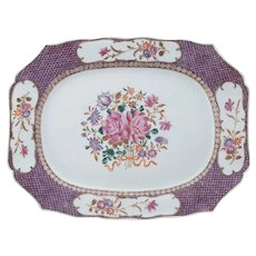 Chinese Export Porcelain Platter with Purple Scale Patterned Rim