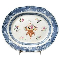 Chinese Export Famille Rose Platter, Late 18th Century
