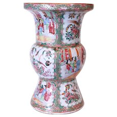 Rose Medallion Chinese Export Porcelain Ku Vase