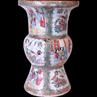 Rose Medallion Chinese Export Porcelain Ku Vase