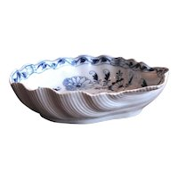 Large and Unusual Shell Shaped Meissen Porcelain Bowl