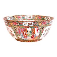 Rose Mandarin (Rose Medallion) Chinese Export Porcelain Punch Bowl