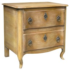 560  Commode  Tournus