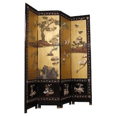 20th Century French Folding Screen In Lacquered And Painted Chinoiserie Wood