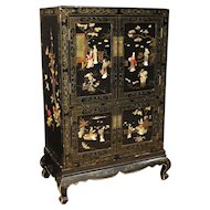 20th Century French Sideboard in Lacquered And Painted Chinoiserie Wood