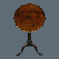 Chippendale Period Mahogany Piecrust Wine Table Circa 1760. (c. 1760 England)