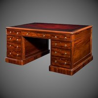 Victorian mahogany antique pedestal desk