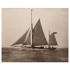 Early silver gelatin photographic print by Beken of Cowes - Yacht Venora