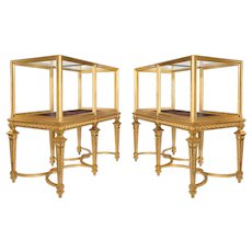 Large pair of late Victorian giltwood museum cabinets (England, 1897)