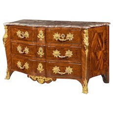 Imposing kingwood commode by de Jeune