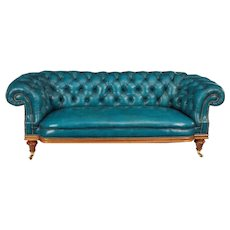 Chesterfield sofa antique