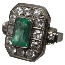 14k - 2.83 ctw - Late 19th Century European Emerald & Diamond Cocktail Ring in White Gold