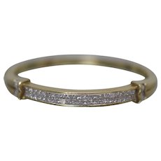 18k - 6.00 CTW - High Quality Diamond Channel Hinged Bangle Bracelet in Yellow Gold