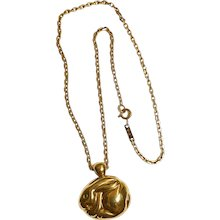 Rabbit pendant and chain 18K gold