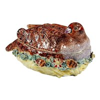18th century Derby tureen modeled as a partridge