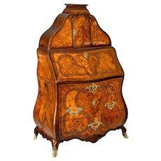 18th Century Kingwood Bureau De Dame