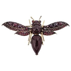 Victorian Bug Brooch In Gold With Rose Cut & Cabochon Garnets