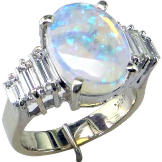 Elegant Opal and Baguette Diamond 14K Ring