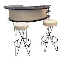 Paul Tuttle Lacquer Boomerang Bar and Two Hairpin Bar Stools
