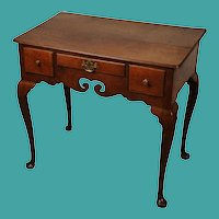 Georgian oak lowboy, English, circa 1750