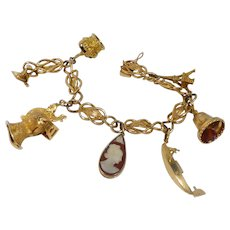 Vintage 18k Gold World Traveler Charm Bracelet