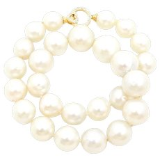 South Sea Pearl Diamond and 18 Carat Yellow Gold Necklace