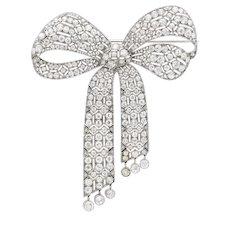 An Important Art Deco diamond bow brooch