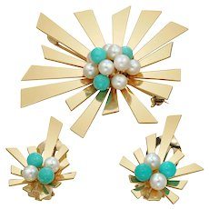 A Mid-20th Century Turquoise And Pearl Suite