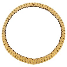 A Victorian Gold Collar Necklace