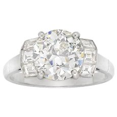 A Single Stone Solitaire Diamond Ring