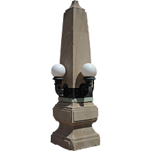 American Neoclassical Chicago Limestone Architectural Four-Light Obelisk