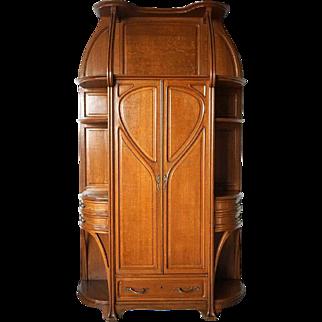 Large French Louis Majorelle Art Nouveau Quarter Sawn White Oak Cabinet