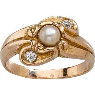 LeBolt Gold, Diamond & Pearl Ring