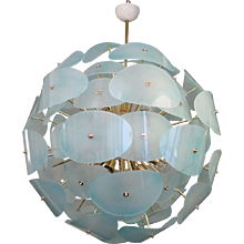 "Gorgeous Murano Chandelier 1970 in the Style of ""Stilnovo"""