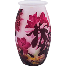 Vase Muller Freres, Luneville decoration with cameo technique ca 1920