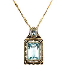 A Double Aquamarine Chain Pendant