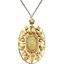 A Fine Pendant with Opal