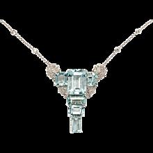 Art Deco Aquamarine and Diamond Gold Pendant Necklace
